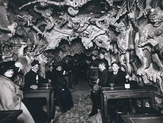 CABARET DE L'ENFER nightclub (Paris Circa 1890s)