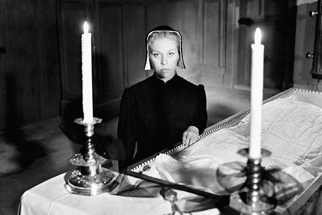 Vredens Dag (1943) by CARL THEODOR DREYER