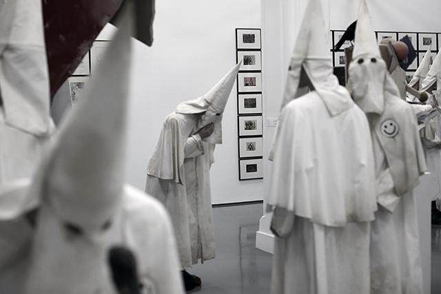 Come and See (2014) de JACK & DINOS CHAPMAN à DHC/ART, Montréal p.Q.