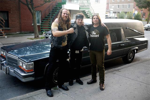 BÖLZER à leur arrivée à Montréal avec Wax, chauffeur désigné.